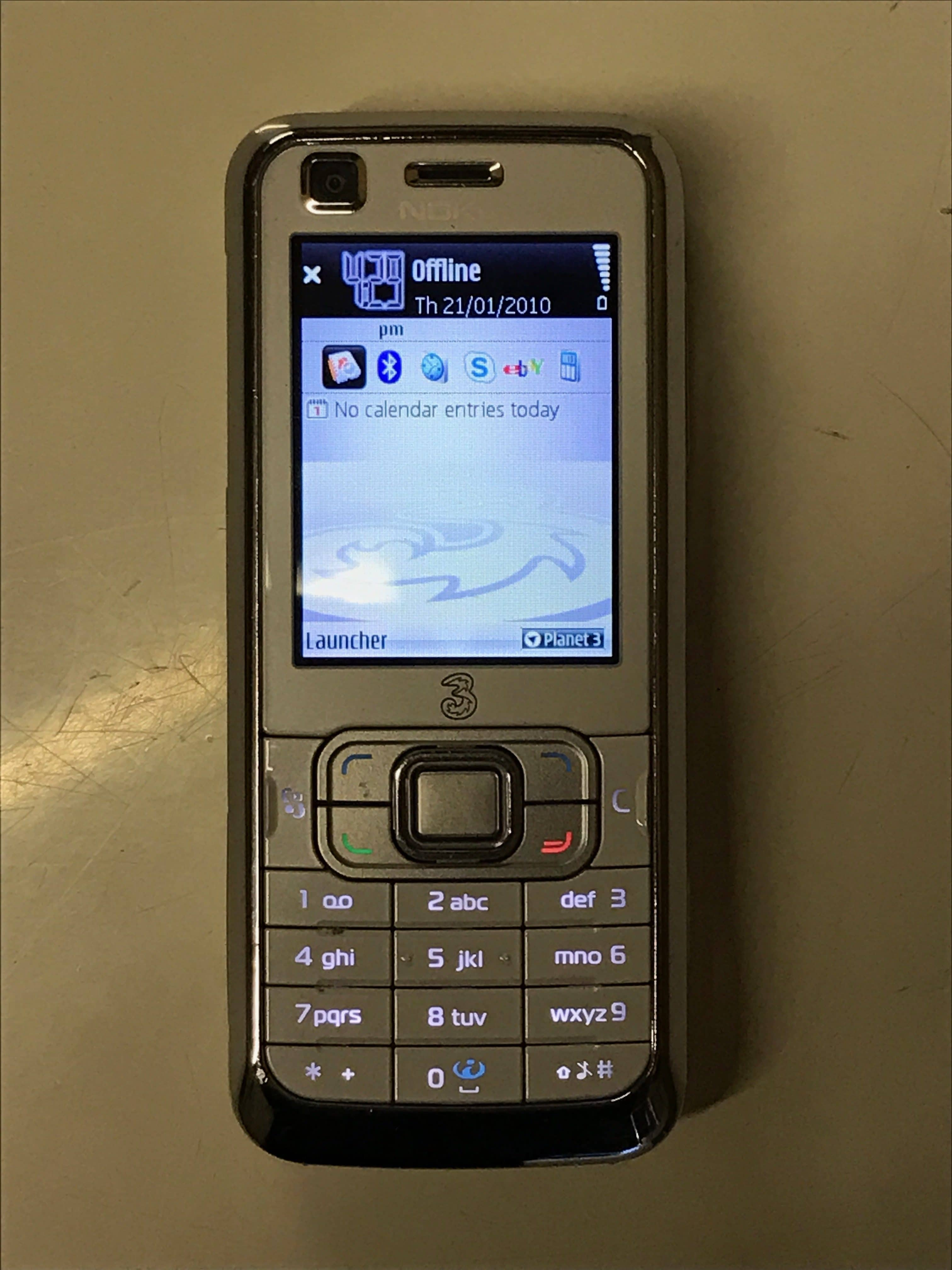 Nokia 6120 Mobile 123